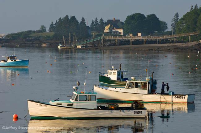 Sweatshirt, Port Clyde Harbor